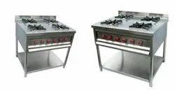 4 Burner Cooking Range