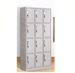 12 door locker