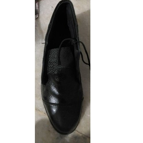 KNR Black Boys School Shoes, Packaging Type: Box, Size: 7-10