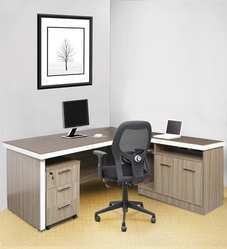 Executive Office Desk with Side Runner & Drawer