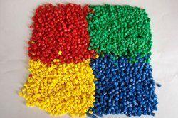 Colored XLPE Compounds