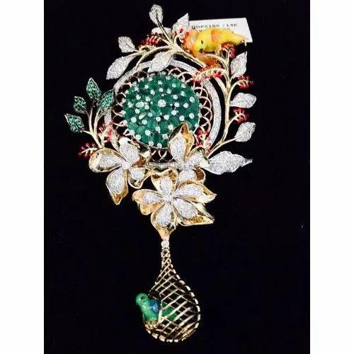 Real Diamonds Bridal Wear Emerald Diamond Pendant Packaging Type