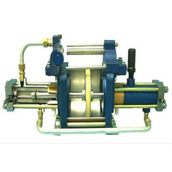 5 HP Double Acting Gas Booster, Maximum Flow Rate (CFM): 1000 Cfm