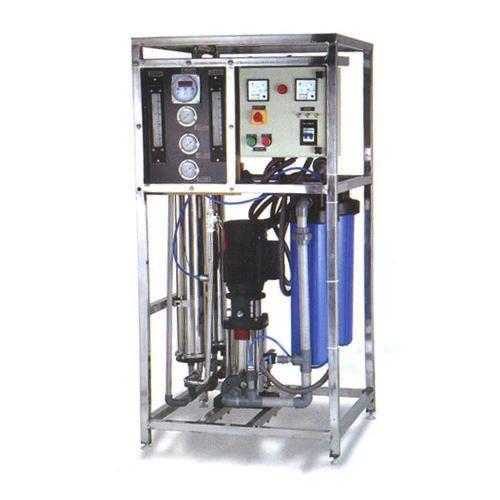 Mild Steel 500 LPH RO System, Capacity: 200-500 (liter/hour)