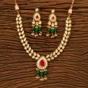 Party Wear Female Kundan Classic Necklace Set With Gold Plating 300098