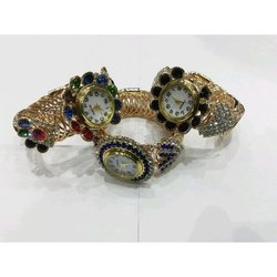 Round Analog Brass Bracelet Watch
