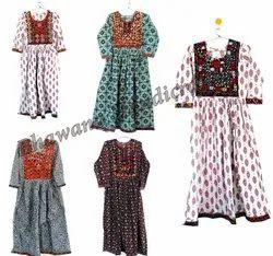 Bhawana Handicrafts V Neck Printed Wrap Dress