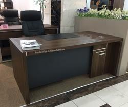 T421 Office Table 6 Feet