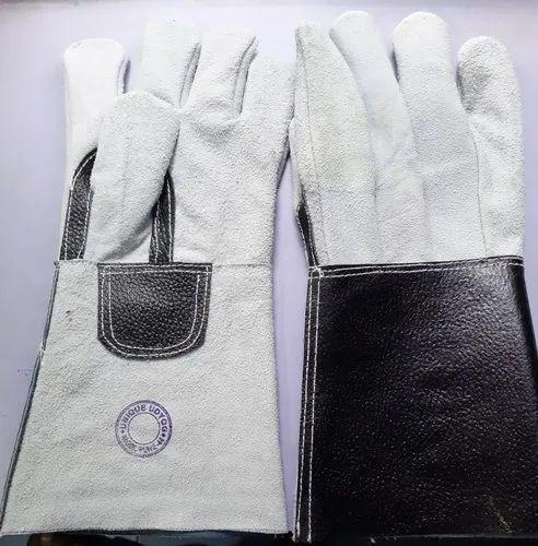 Gauntlet leather gloves