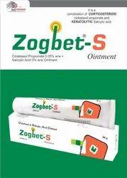 Clobetasol 0.05%w/w,Salicylic acid IP 3% w/w