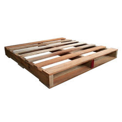 Two Way Entry Wooden Pallet