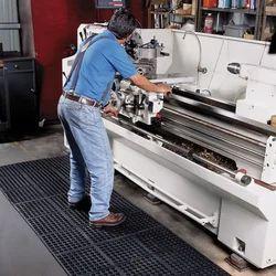Inter Connecting Anti Skid O Floor Mat (Black)