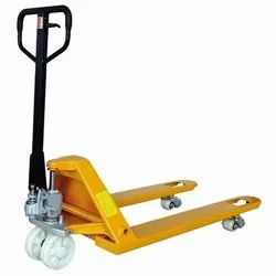 Hydraulic Battery Operated Power Pallet Truck, Capacity: 5 ton