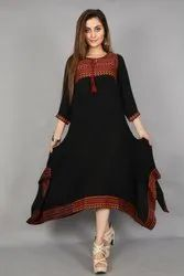 Neels Solid Black Crush Cotton Trail Cut Patterned With Handloom Border Dresss