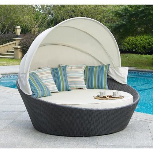 White And Grey Outdoor Round Wicker Sun Bed