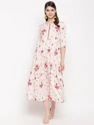 Women HC748 Floral Fared Kurta in Rayon