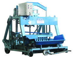 Laying Type Hydraulic Concrete Block Making Machine