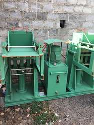 Manual Hydraulic Brick Making Machine