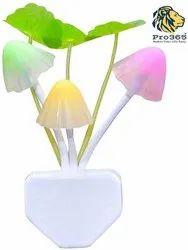 Kid''s Plastic Magic Night Lamp Beautiful Illumination Automatic On/off Smart Sensor (multi-coloured)