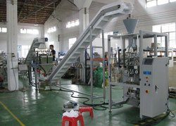 Multihead Linear Weigher Packing Machine