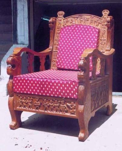 Bastar Art Lion Tribal Work Sofa At Rs