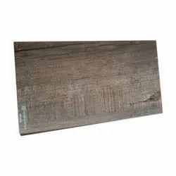 Brown Engineered Wood Flooring, Thickness: 15 mm, Finish Type: Matte