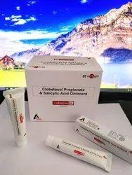 Clobetasol Propionate 0.05% & Salicylic Acid 6% Ointment