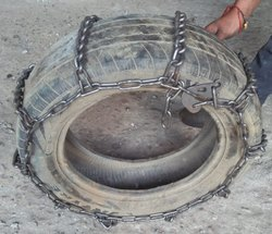 Snow/ Tyre Chain