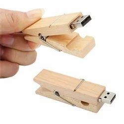 Wooden Clip Pen Drive