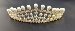 Round Hair Crowns