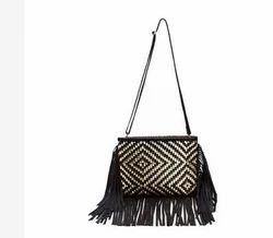 b2f9332cd2eb Plain SMI Ladies TC Leather Cross Body Bags