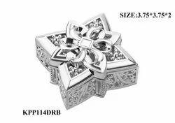 Wooden Silver Decorative Mukhvas Dani, Packaging Type: Box, Square