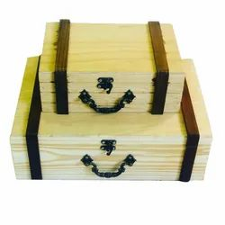 Polished Natural Wood Wooden Gift Box, For Event, Size: 1083