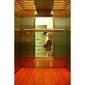Showroom Lift