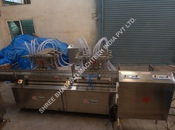 Liquor Filling Machine