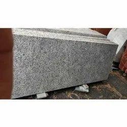 Gray Honed Classic White Granite Slab, Thickness: 15-20 mm