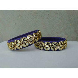 Fashionable Girls Thread Bangle
