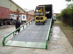 Truck Loading Unloading Scissor Dock Ramp