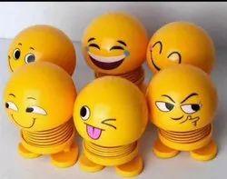 Smiley Spring Doll Cute Emoji Bobble Head Dolls Emotion Figure Funny Smiley FACE Spring CAR Decorati