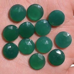 Green Onyx Round Shape Checker Cut 7x5mm Loose Gemstone