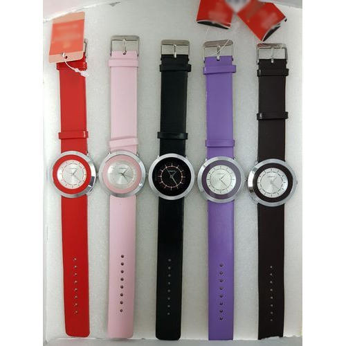 40550e611 Women Ladies Leather Strap Wrist Watch, Rs 700 /piece, Metro Watch ...