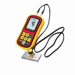 Ultrasonic Thickness Gauge UTM10