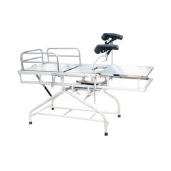 Telescopic Labor Table