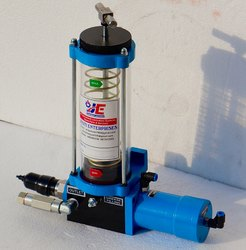 Pnuematic Grease Pump Compact Size
