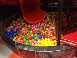 Circular Ball Pool