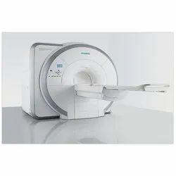 Siemens Magnetom Essenza 1.5 T MRI Machine