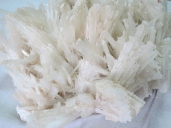 Natural Scolecite Raw Stone Clusters