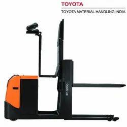 Toyota OSE120P 1.2 Ton BT Optio L-Series Order Picking Trucks