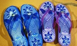 Rainbow Rubber and PVC Ladies Blue Flip Flop Slipper, Packaging Type: Box, Size: 4-8 Inch