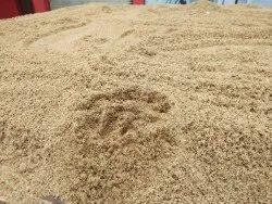 Fine Crystal River Sand, Grade: Super Fine Ivory, Packaging Size: 10-50 Ton